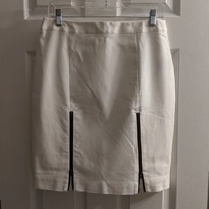 White pencil skirt with zippers